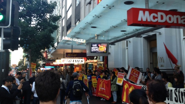 McDonalds-strike--1may2013--Sophie-Lowery