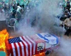 US Israeli flag burnt