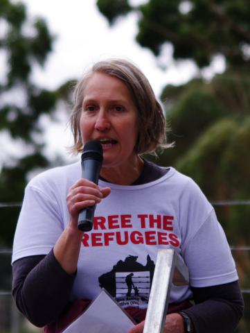 sue-bolton-free-the-refugees